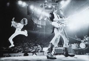 Jumpin' Mick Flash ...