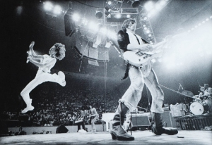 Jumpin' Mick Flash ...