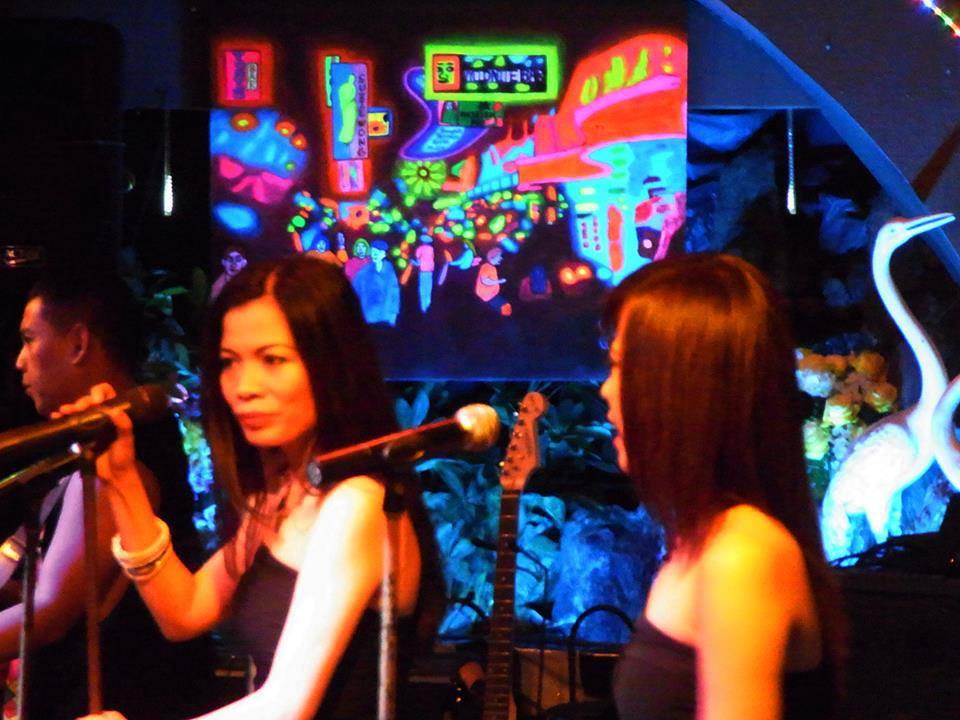 Five (5) bits of cultural advice for Patpong, Nana Plaza & Soi Cowboy ... The Entertainment Zones ...  (3/3)