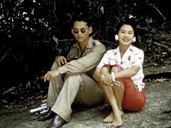 Happy Birthday to His Majesty King Bhumibol, Rama IX of Thailand ... (2/5)