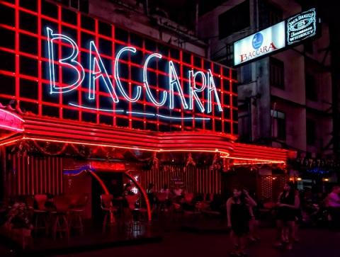 Soi-Cowboy-Baccara-Club