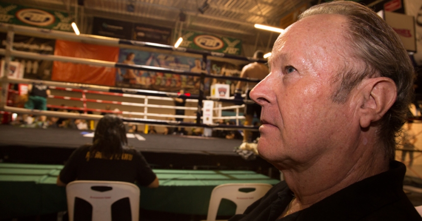 Kevin Cummings sits ringside at Bangkok Proflex Fight Night